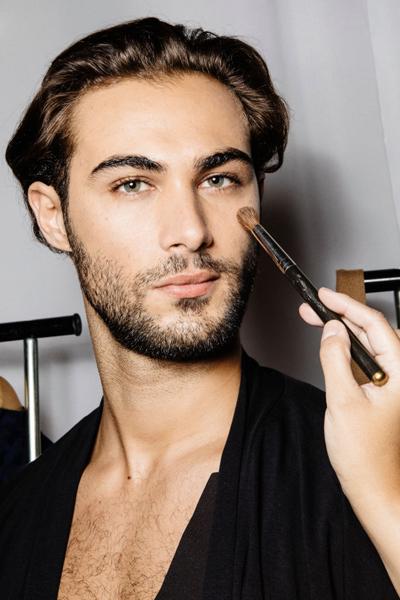 Фото №2 - Мужской макияж: мнения за и против