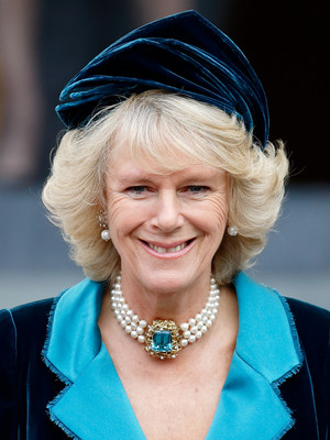 Фото №8 - Шкатулка будущей королевы: любимые украшения герцогини Камиллы