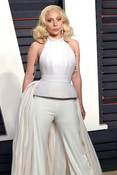Леди Гага изнасилование фото инстаграм оскар рост брэдли купер