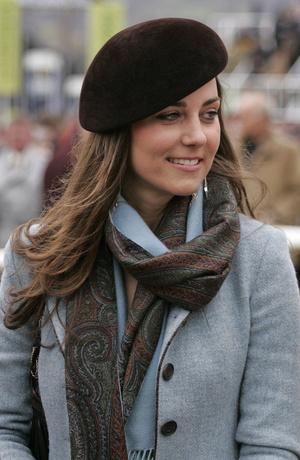 Фото №16 - Десять лет во дворце: как Кейт Миддлтон навсегда изменила королевский стиль