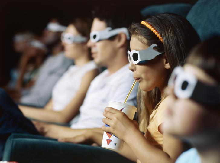 со скольки лет ходить в кино с детьми, кинотеатр, кино, дети, дети в кино, детское зрение
