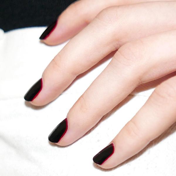 Фото №10 - Черный маникюр: 10 крутых идей для ногтей любой длины