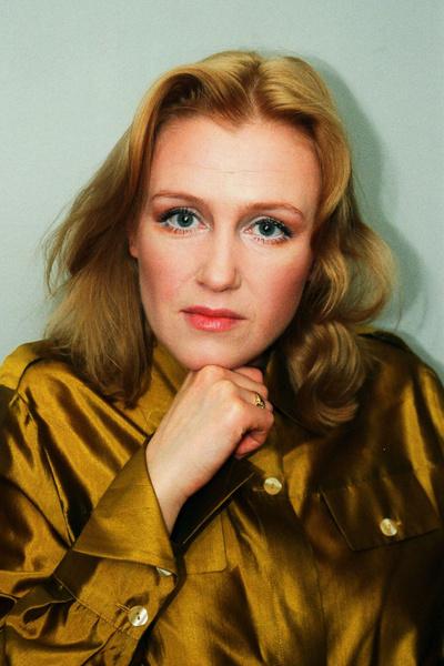 Фото №1 - Популярные актрисы 1990-х: в каких фильмах прогремели, за что полюбились и как расплатились за славу