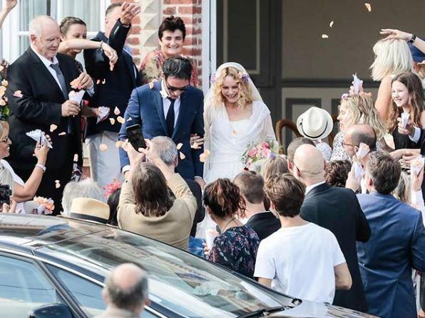 Фото №1 - 45-летняя Ванесса Паради впервые вышла замуж