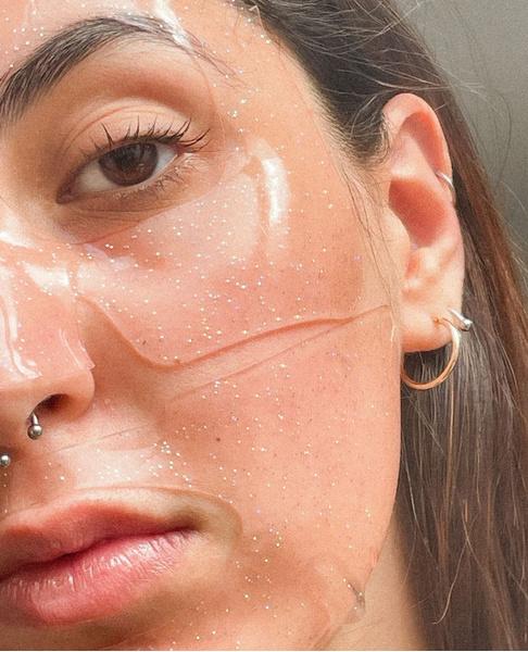 Фото №3 - Как решить самые популярные проблемы с кожей весной