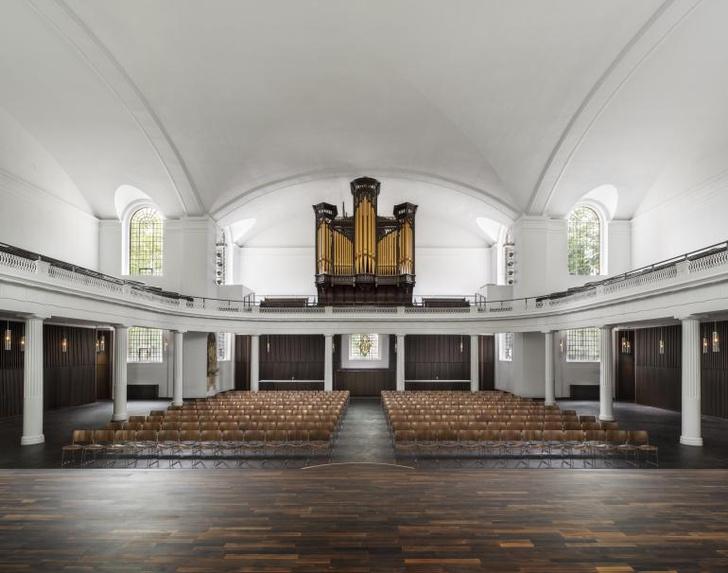 Фото №2 - Джон Поусон провел реконструкцию церкви Святого Иоанна в Хакни