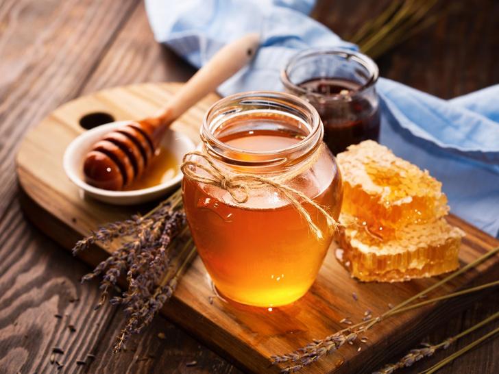 Фото №1 - 8 удивительных свойств меда для здоровья и красоты
