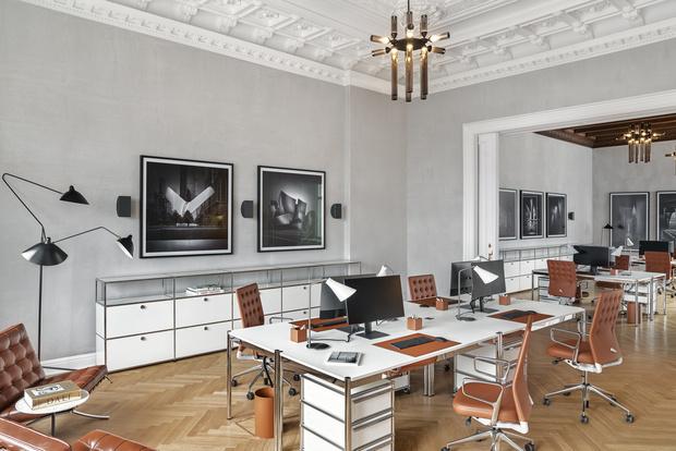 Фото №8 - Модный офис в Берлине с фресками на потолке