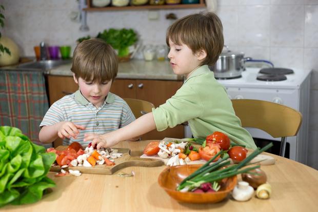 чем кормить ребенка зимой