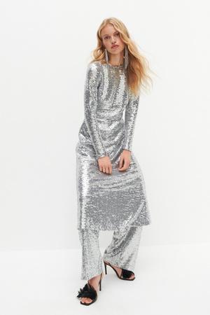 Фото №2 - Самые модные наряды для встречи Нового 2021 года: 6 главных трендов