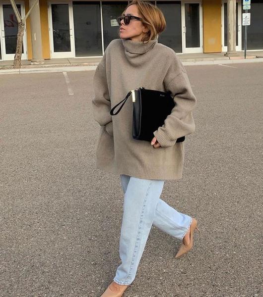 Фото №1 - Фэшн-идея: с чем носить объемный свитер