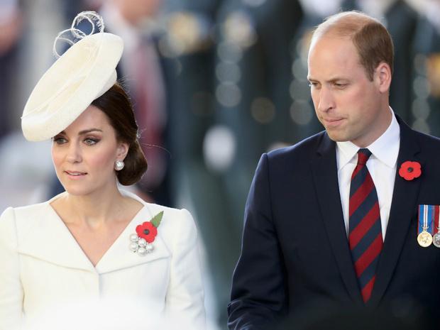 Фото №2 - Королевский размах: что Уильям подарил Кейт на десятую годовщину свадьбы