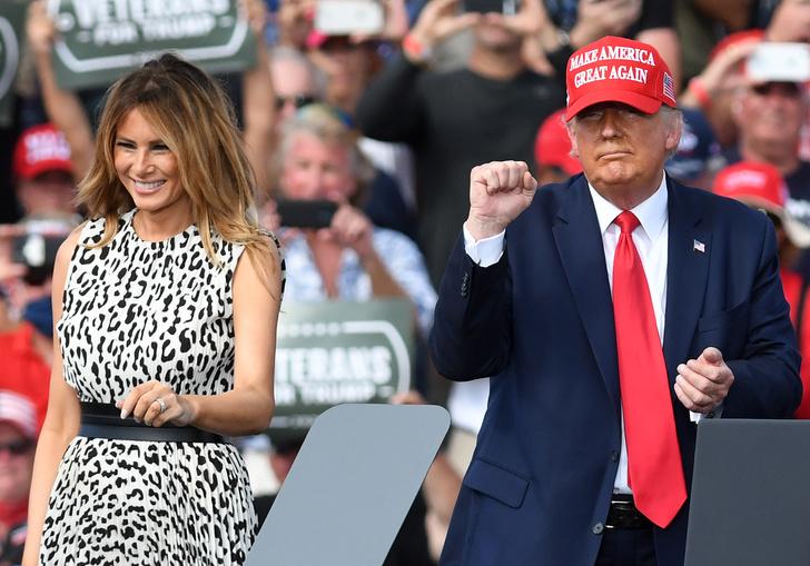 Фото №17 - Большая разница: как менялся стиль Мелании Трамп во время президентских кампаний мужа