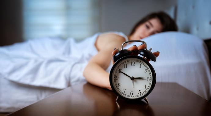 Почему я просыпаюсь по ночам: упражнения, чтобы заснуть