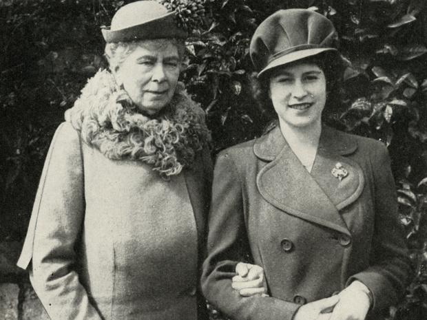 Фото №1 - Почему бабушка Елизаветы II считала, что принц Филипп будет плохим мужем