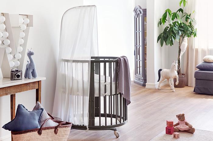Фото №2 - Скандинавские сны: Stokke® Sleepi™ - новый цвет кроватки-трансформера