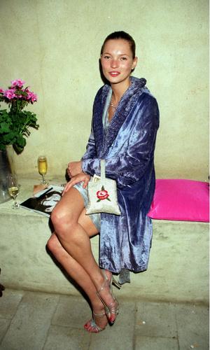 Фото №3 - Звезды, которые 20 лет назад одевались так круто, как многие не смогут и сегодня