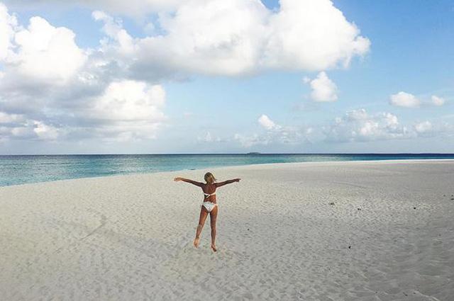 Фото №2 - Гагарина отдыхает на Мальдивах после «Голоса»