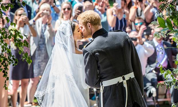 Фото №4 - Вспомнить все: 30 фактов о свадьбе Меган Маркл и принца Гарри, которые вы могли не знать или забыли