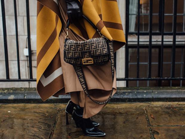 Фото №4 - Новые правила стиля: нужно ли подбирать сумку к обуви