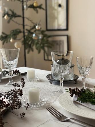 Фото №13 - Рождественская сервировка: три варианта от дизайнера
