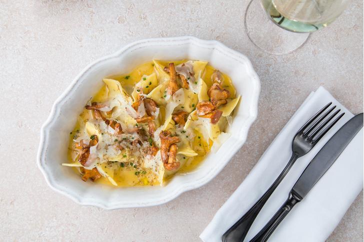 Фото №1 - Ужин по-итальянски: готовим фетучини с лисичками