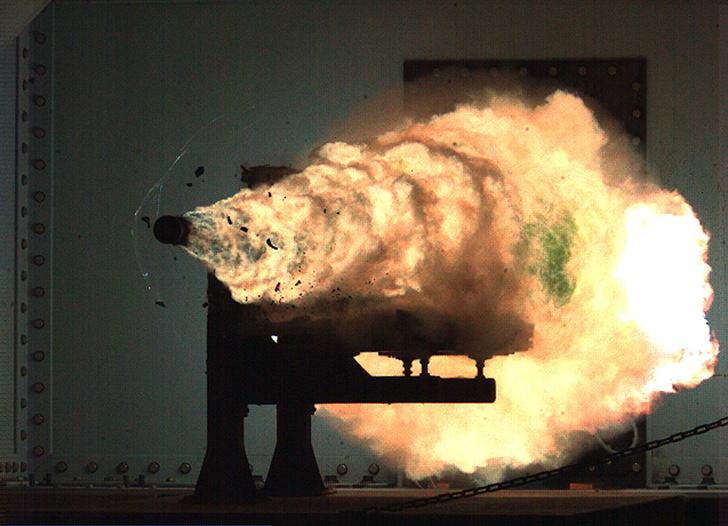 Фото №1 - 10 безумных прототипов оружия в современной истории