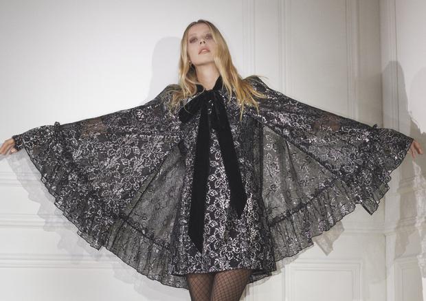 Фото №2 - Кружевные платья и викторианские воротнички: H&M представил новую коллаборацию с The Vampire's Wife
