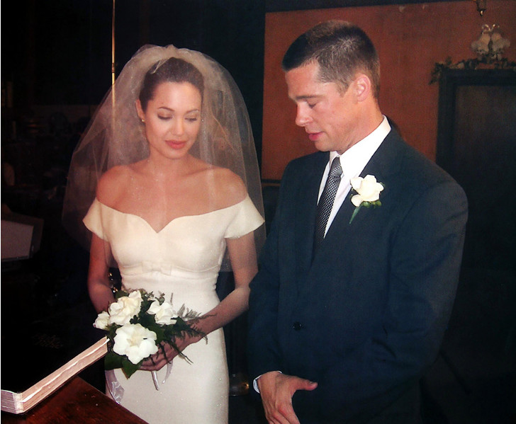 Фото №8 - 10 самых красивых свадебных платьев в истории кино
