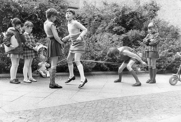 Фото №1 - Из 80-х с любовью: чем наше детство отличалось от нынешнего