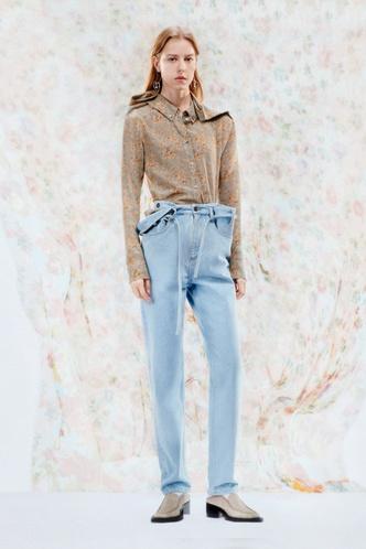 Фото №19 - Какие джинсы будут в моде весной и летом 2021