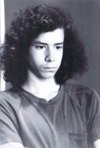 Фото №1 - В 14 лет он обыграл чемпиона по шахматам, а в 19 исчез: загадочная история гения Питера Уинстона