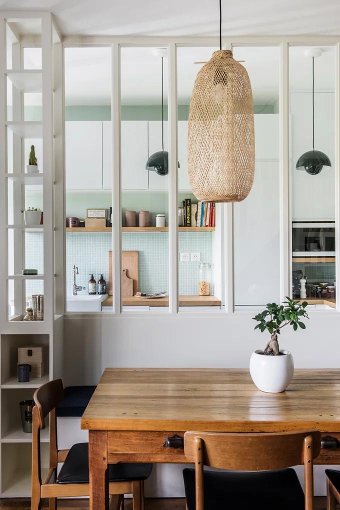 Фото №5 - Стеклянная перегородка на кухне: 8 оригинальных идей