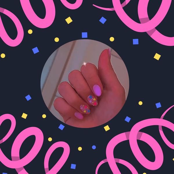 Фото №1 - Аэрография на ногтях: трендовая техника маникюра от Оли Шелби