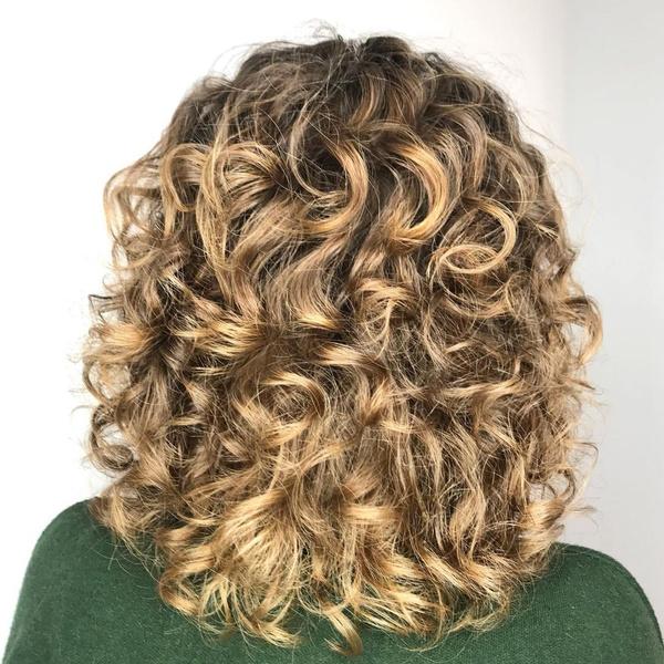 Фото №2 - Биозавивка волос: все о безопасной долговременной укладке