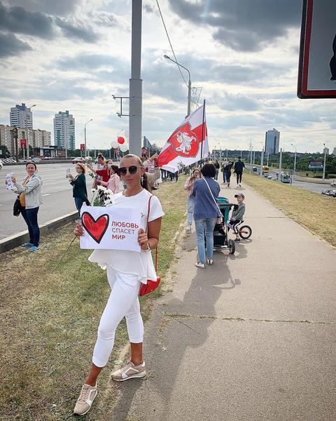 Фото №20 - Самый красивый протест в мире: истории белорусских женщин, восставших против ОМОНа