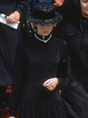 Фото №5 - Разъяренная принцесса: что Чарльз запретил делать Диане (а Королева разрешила)