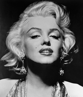 Фото №2 - Сокровища мира кино: кто создавал культовые украшения голливудских актрис