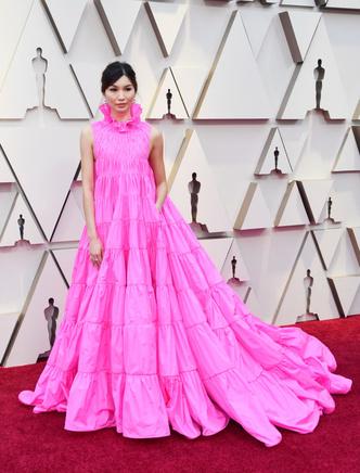 Фото №2 - Звездные платья, которые прославили своих стилистов