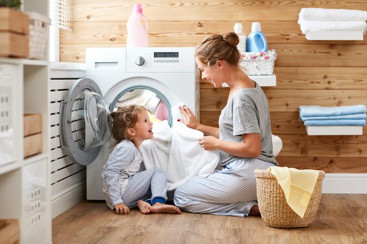 Фото №1 - 10 вещей, которые мы боимся стирать в машинке, а зря