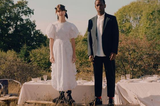Фото №2 - Еще одна из рода H&M: Сара Полсон в самом красивом платье из исчезнувшей коллекции
