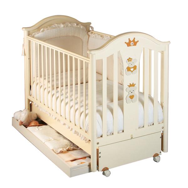 Фото №6 - Кроватка для малыша