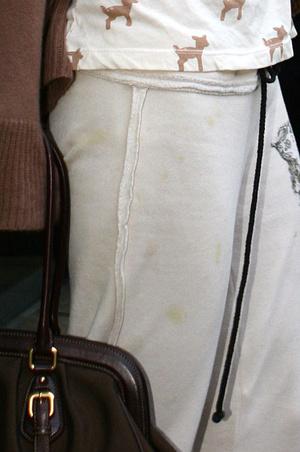 Фото №3 - Пэрис Хилтон показала маникюр, похожий на грязь под ногтями