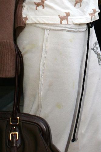 Фото №8 - 10 звезд, которые ходят в мятой и грязной одежде