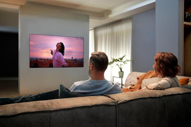 Фото №6 - Телевизор-галерея: новый взгляд на технологии в интерьере