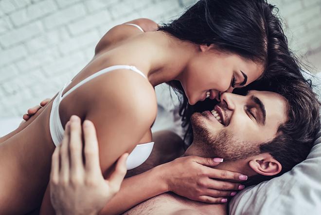 Фото №1 - 10 болезней, которые лечит секс