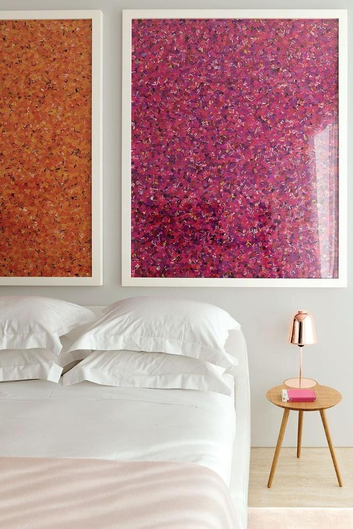 Фото №2 - Стена над изголовьем кровати: 10 идей декора
