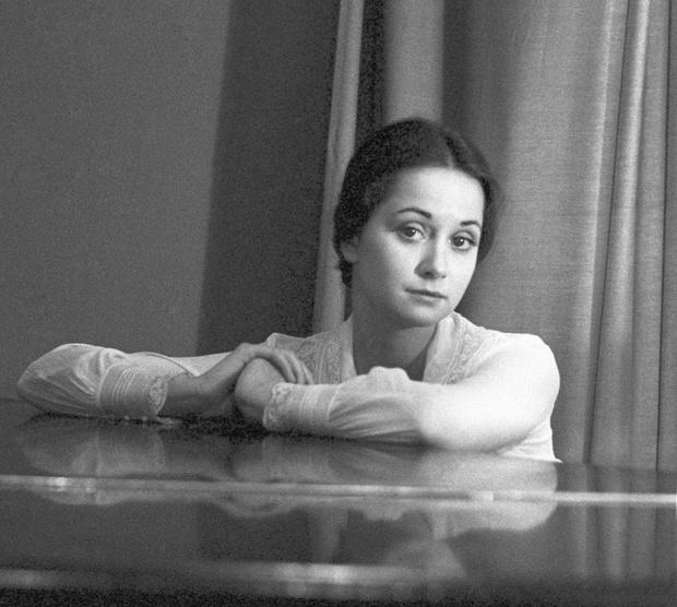 Фото №17 - Популярные актрисы 1990-х: в каких фильмах прогремели, за что полюбились и как расплатились за славу