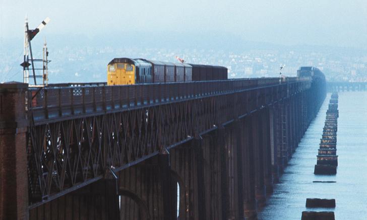Фото №1 - Крушение поезда на мосту через Тей— крупнейшая железнодорожная авария в истории Великобритании