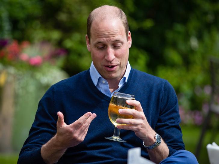 Фото №5 - Королевский бар: какие напитки Виндзоры выбирают на Рождество